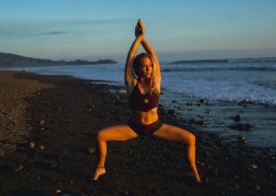 lindsay nova dominical costa rica yoga teacher