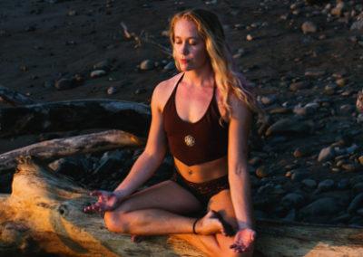 lindsay nova vinyasa aerial yoga teacher training retreats