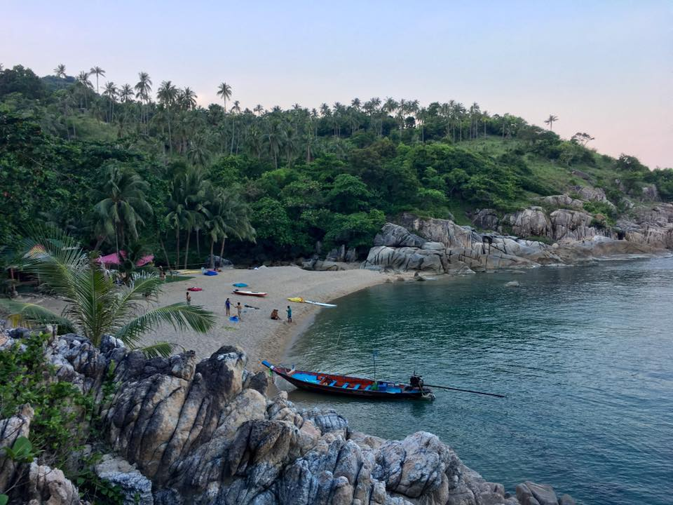 lindsay nova yoga thailand