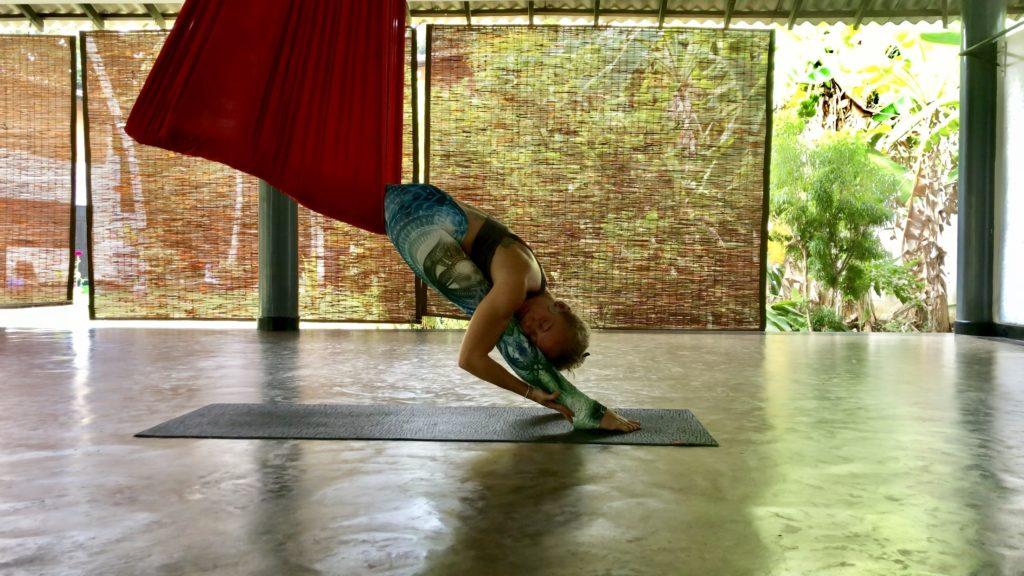 lindsay nova aerial yoga
