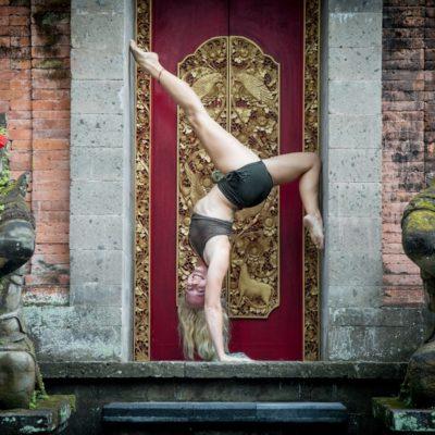lindsay nova online yoga