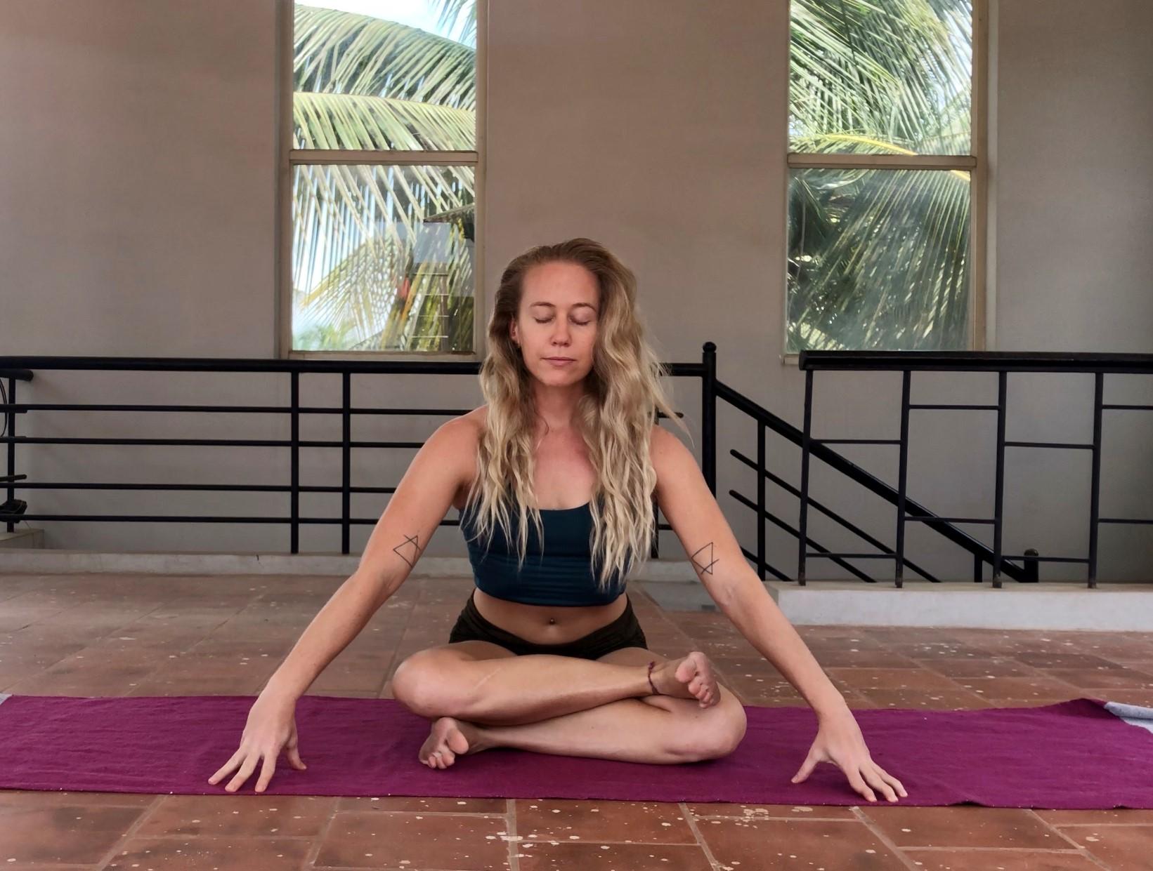 lindsay nova online yin yoga teacher training