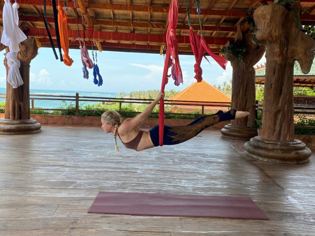 lindsay nova aerial yoga teacher training online treat back pain