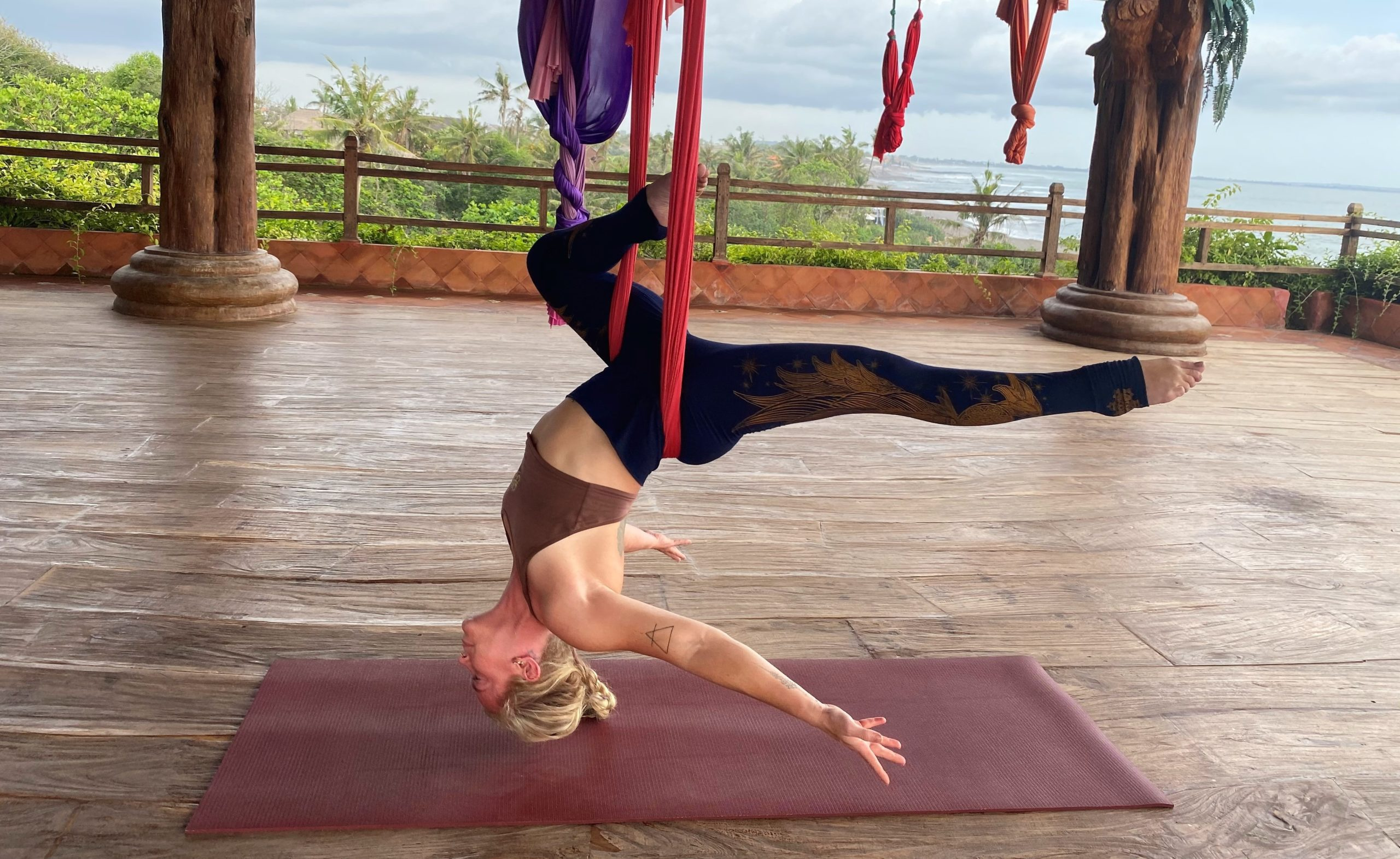 lindsay nova aerial yoga teacher training online treat back pain